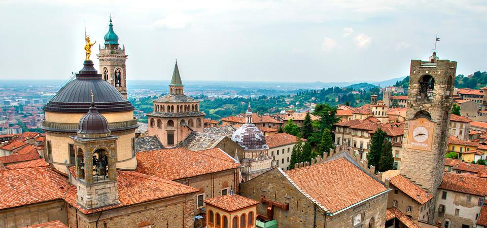 Informazione di bergamo citt alta lombardia italia citt for Fotografie case