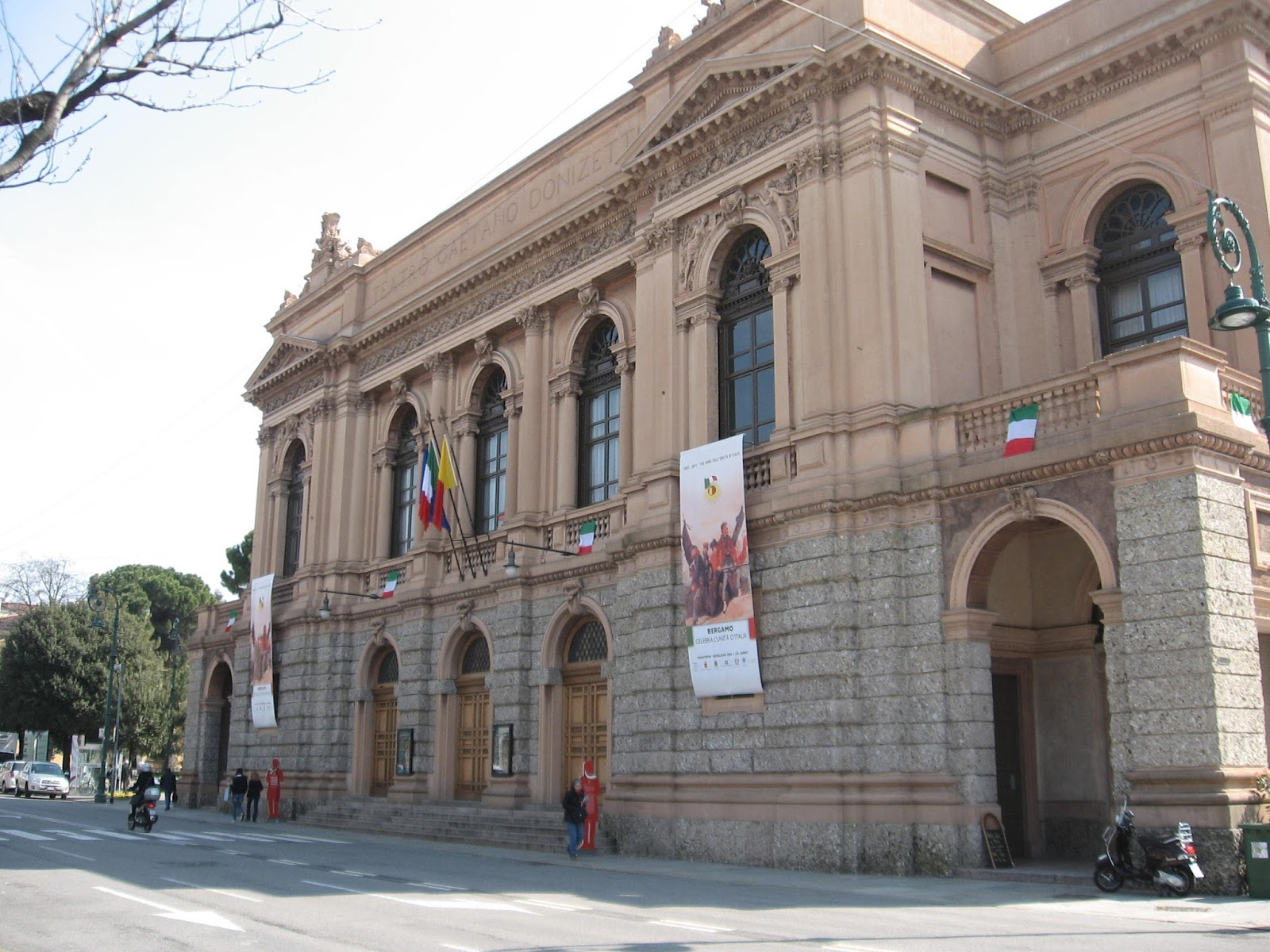 Informazione di bergamo lombardia italia citt teatro for Mercatini bergamo e provincia oggi