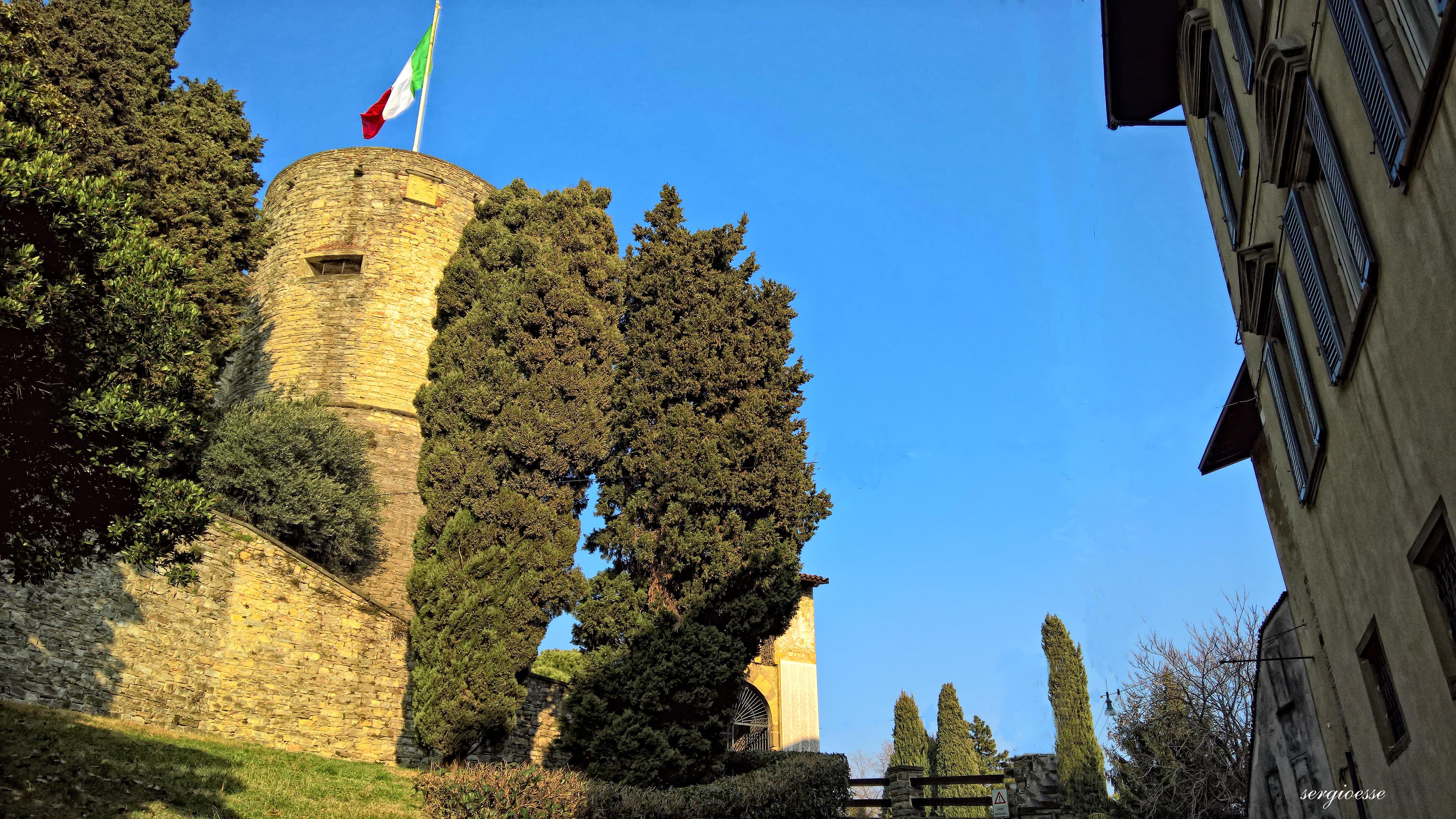 Bergamo citta immagini foto della provincia di bergamo for Mercatini bergamo e provincia oggi