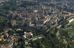 FOTO PIATTAFORMA DI SANTA GRATA PROVINCIA DI BERGAMO CITTA ITALIA