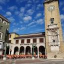 Piazza Vittorio Veneto torre dei caduti foto provincia di bergamo lombardia italia fotografie