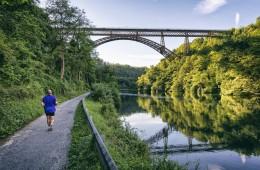 foto dei paesi di bergamo lombardia italia tranquillitá attivitá aria aperta natura