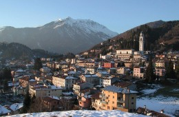 fotografie paese di Clusone Valle Seriana Bergamo Italia fotografie immagini vivere bergamo