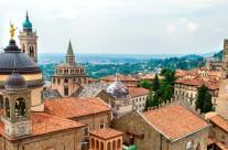 informazione di bergamo cittá alta lombardia italia cittá centro case