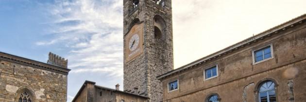 informazione di bergamo lombardia italia torre civica campanone monumento storico antico